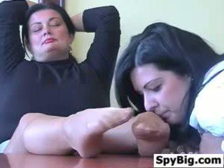 Warga latina loves ini matang womans kaki