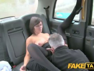 Fake taxi driver enjoys a dobry mamuśka arse rimming
