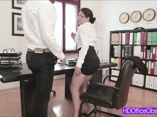 हॉट सेक्रेटरी valentina nappi गड़बड़ द्वारा उसके बॉस इनसाइड the ऑफीस