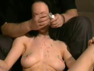 Emilys ac tortura și extrem pirsing durere