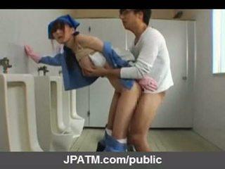 Japanese public sex - asian teens exposing outside part03