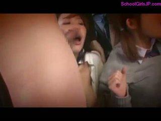 2 schoolgirls rapped fingered pakko- kohteeseen s .