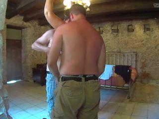 Rear View: Free Slave & Saggy Tits Porn Video ab