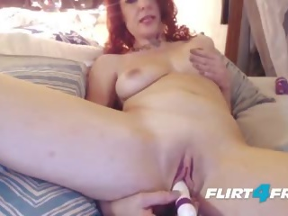 Sexy mom aku wis dhemen jancok craves squirting