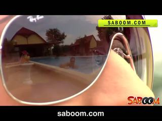 Roxy taggart gets מזוין ב the poolside ב saboom
