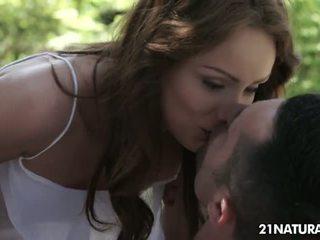 امرأة سمراء, راقب تقبيل حقيقي, سخونة الثقب