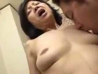 Japonese Mom Sucks and gets His Ration of Cream: Porn 01