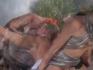 Avalon sammen med jenna jameson licking pupper og hot fitte making hver andre sæd