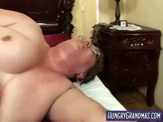 Sweaty debeli babi rear muca zajebal