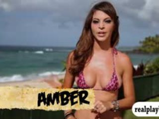 אלה badass בחורות מים surfing ו - skydiving ב hawaii
