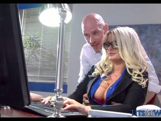 see big boobs, brazzers check, full milfs great
