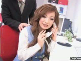 príťažlivé bruneta, príťažlivé japonec, čerstvý výstrek vidieť