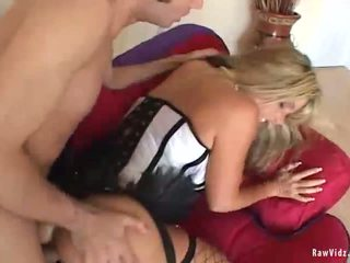 Sexy Housewife Gets Fucked