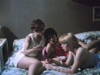 Trois Lyceennes a Paris 1979 with Marylin Jess: Porn a2
