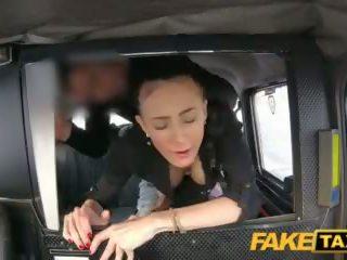 Fake taxi groß natürlich bouncing titten brünette im tschechisch taxi