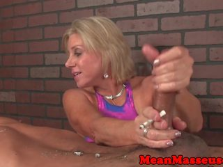 Dominant τεκνατζού masseuse dominates πελάτης: ελεύθερα πορνό 41