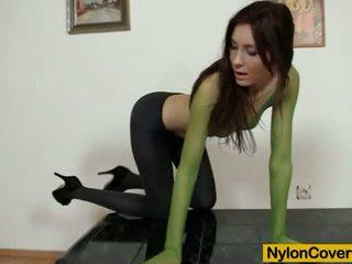 Hot body kattie gold wears nilon topeng