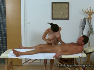 Malibog masseuse miyuki going sa para ang titi