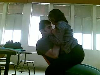 Iraqi giới tính tại đại học mustafa & yasmin - phần 1