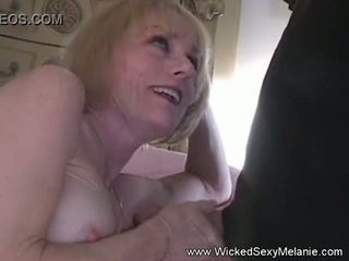 blondes, amateurs, cougar