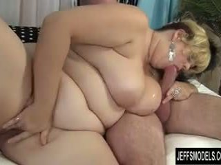 Pretty plumper Buxom Bella enjoys a fat cock