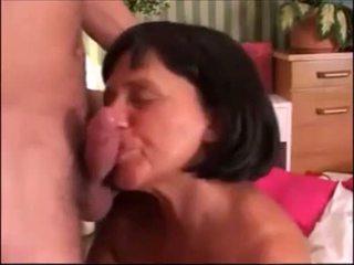 Cumming už grannies nuo epikgranny.com