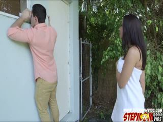 Peeping tom ends উপর চোদা তার দুধাল মহিলা gf এবং তার সৎমা