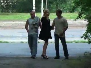 Julie silver และ เธอ เซ็กส์สามคน เพศ ใน a park