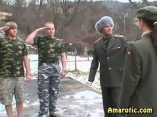 Ρόλος παιχνίδι 6: στρατός σεξ