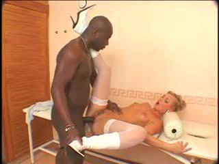 Ellen saint - schwarz anal maschine