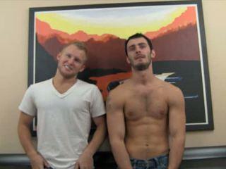 Austin takes zane's pakaļa virginity