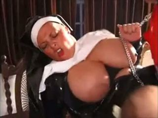 ציצים, ענק, nun