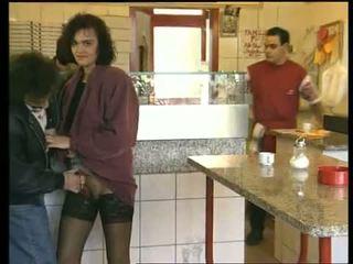 Perverzno e puttana (1996)