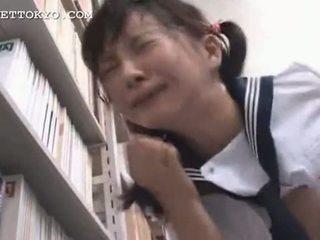 Цензура - азіатська школярка squirts і gets a кінчання на обличчя я