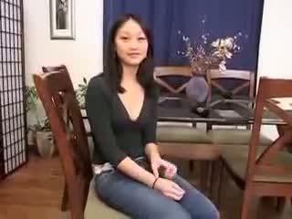 Warga cina gadis evelyn lin pertama masa dubur