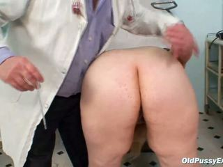 fingering, mature, doctor