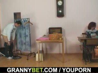 On bangs sewing 70 years starý babičky