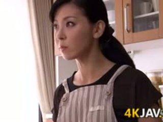 Japońskie żona gets fucked