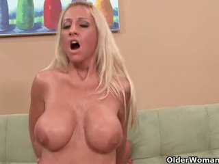 Blonde milf picked up from laundry makes porn movie