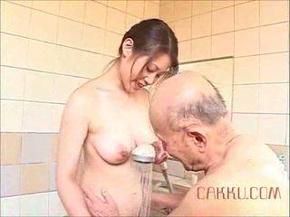 Maki Tomoda Old Man and Milf 2