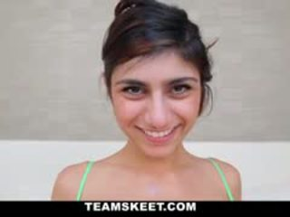 Gorgeous Sexy Babe With 34DDD Juggs Mia Khalifa Gets Her