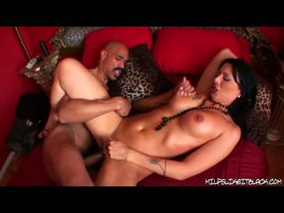 Sexy Sexy Milf Zoe Holloway Pleasures A Ma Holeive Rod In Her Tight Twat