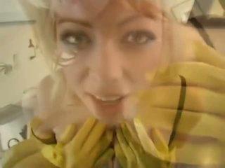 Adrianna nicole në yellow gomë doreza - porno video 841