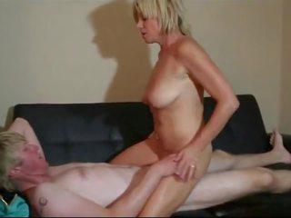 Skanky Mom Caught Webcam Wanking, Free HD Porn 20
