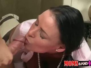 morena, assistir maldito online, hq sexo oral diversão