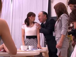 Akiho yoshizawa, mika kayama और yuma asami किनकी कार्यकलाप