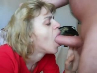 Momen i mouth-fuck n cum swallow handling