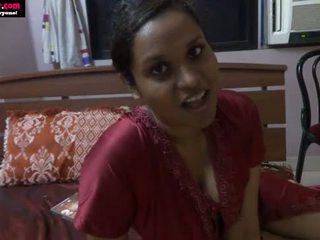 Lily intialainen seksi opettaja rooli pelata