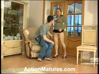 Sara 和 jerome seductive 媽媽 內 行動