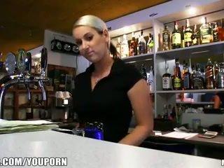 Incredibly nóng séc cô gái tóc vàng là paid đến có một giới tính nghỉ tại công việc